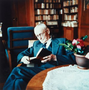 Hermann_Hesse_Montagnlia_early_1950s